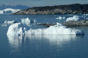 За один день в Гренландии тает 8,5 млрд тонн льда