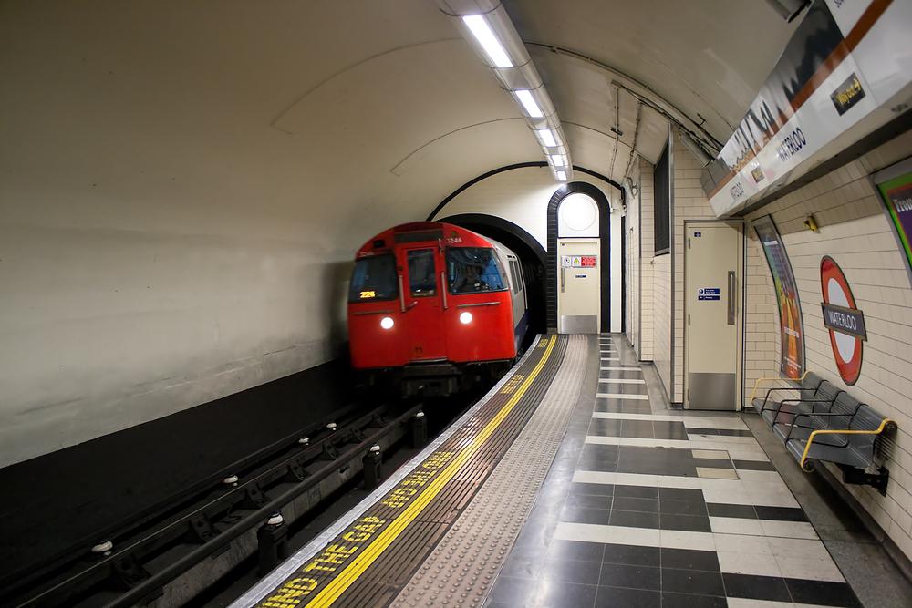 Британский инженер собирает звуки метро из разных стран.Вокруг Света. Украина