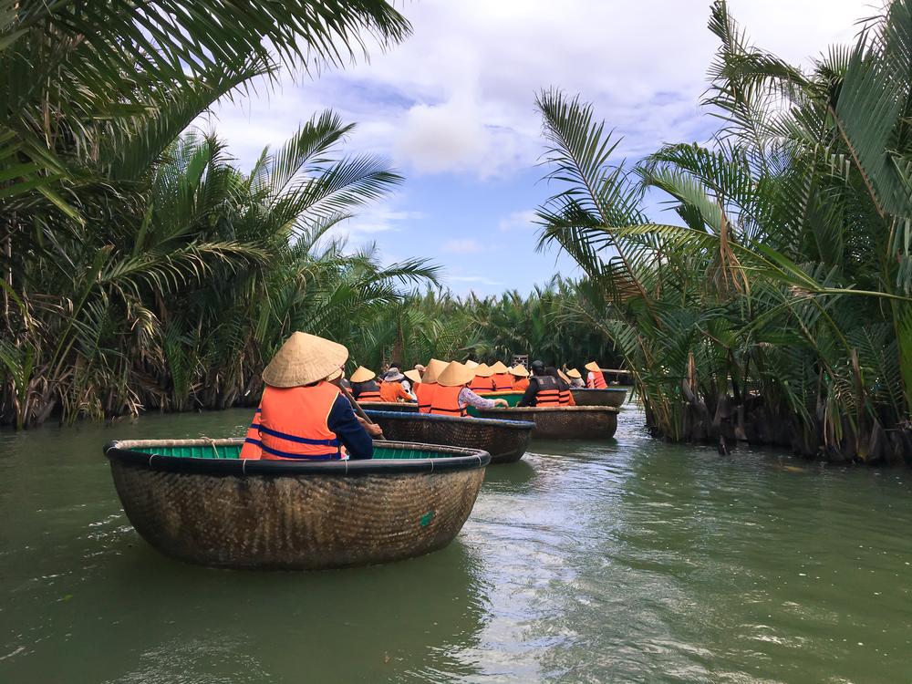 Почему у вьетнамцев лодки круглые.Вокруг Света. Украина