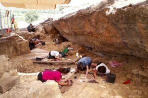 Недалеко от Мадрида найден крупный охотничий лагерь неандертальцев