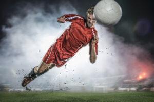 Игра в футбол провоцирует деменцию: защитники рискуют больше всех, а голкиперы – нет
