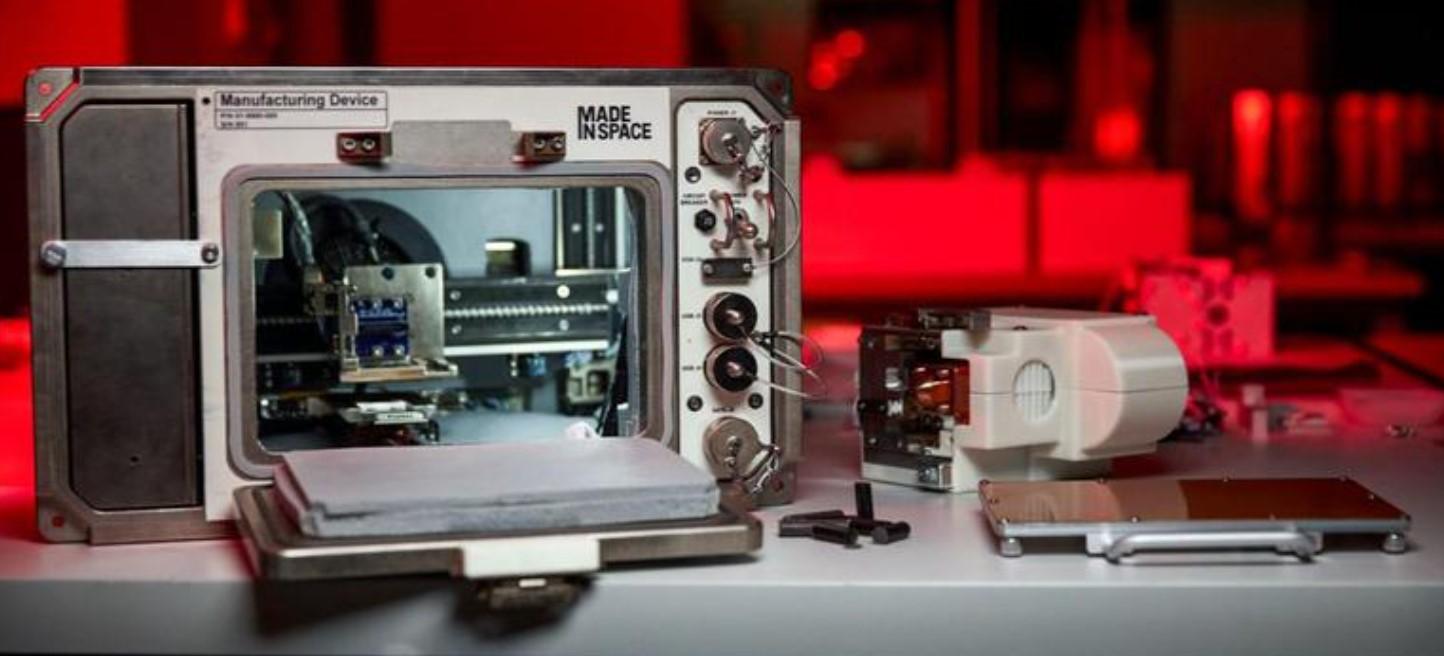На МКС прилетел 3D-принтер для печати объектов из лунного грунта.Вокруг Света. Украина