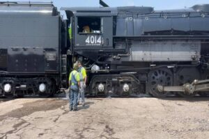 Big Boy: в США можно прокатиться по прериям на поезде с самым большим паровозом в мире