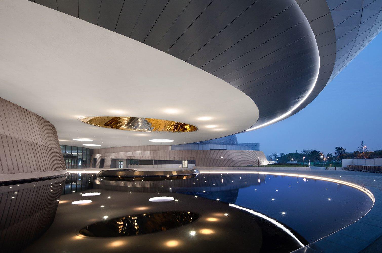В Шанхае начал работу Астрономический музей с крупнейшим в мире планетарием.Вокруг Света. Украина