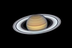 Изучение колец Сатурна помогло понять строение его ядра