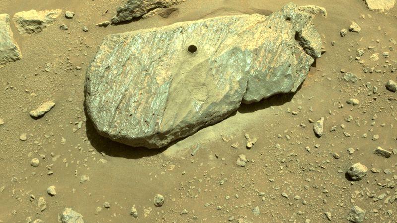 Попытка номер два: марсоход NASA взял пробу грунта Красной планеты.Вокруг Света. Украина