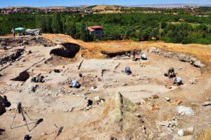 В Турции на Львином холме раскопали поселение возрастом 5,5 тысяч лет