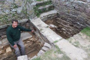 Внутри римского форта на острове в Ла-Манше нашли немецкий бункер