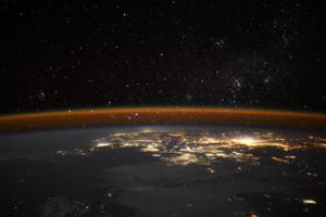 Астронавт сделал с борта МКС впечатляющий снимок ночной Земли