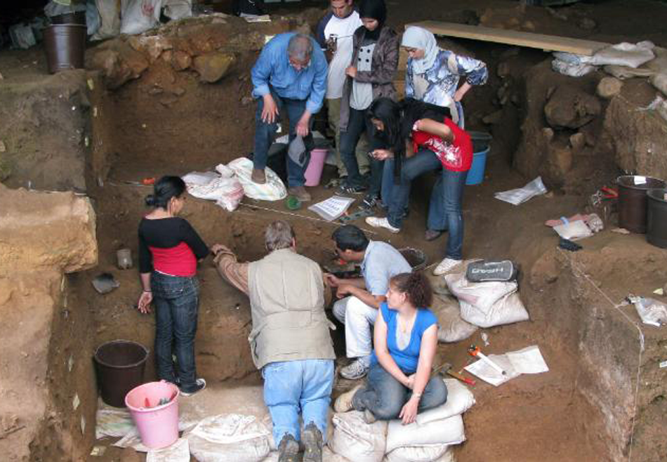 Антропологи узнали, когда люди начали носить одежду.Вокруг Света. Украина