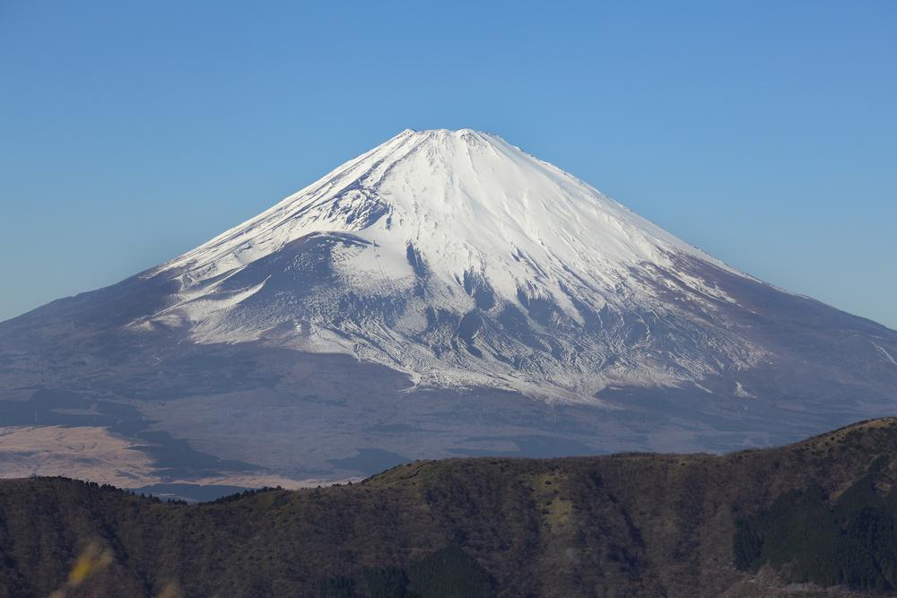 Фудзияму засыпало снегом почти на месяц раньше.Вокруг Света. Украина