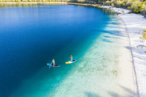 Популярному у туристов острову Австралии вернули традиционное название