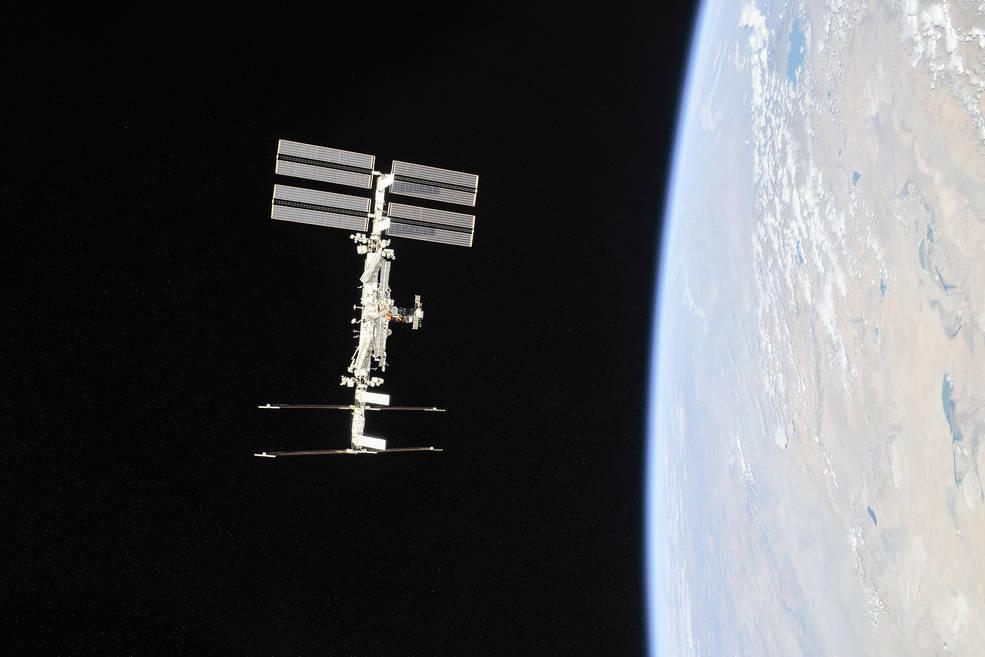 NASA назвало дату отправки туристов на МКС