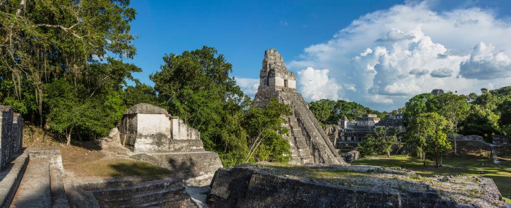 Готовясь завоевывать соседей, майя строили на чужой территории