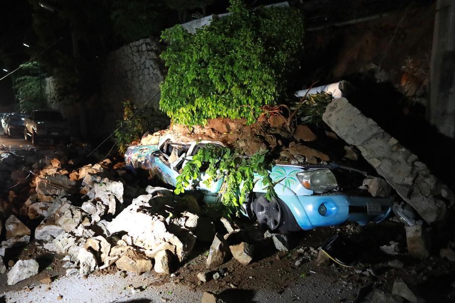 Мощное землетрясение в Мексике разрушило дома и оставило без света несколько штатов.Вокруг Света. Украина