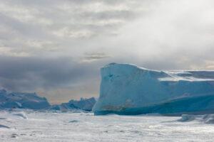 На Южном полюсе закончилась самая холодная зима за всю историю наблюдений
