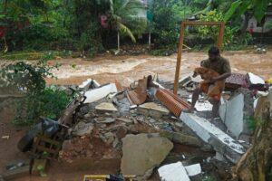 Мощное наводнение на юге Индии вызвало разрушительные оползни: есть жертвы