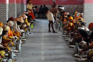 Божественная еда, или чем угощают путников в древних храмах Индии: рецепты