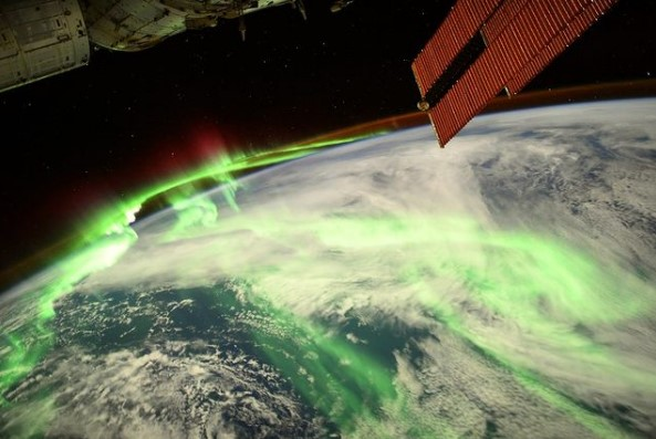 Французский астронавт сфотографировал особенную аврору.Вокруг Света. Украина